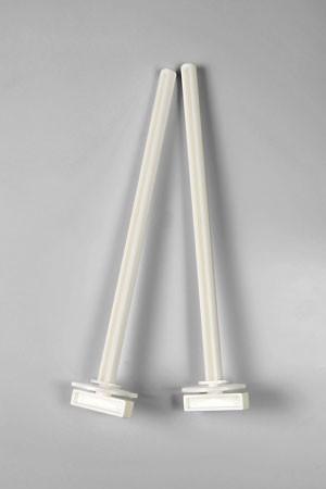 Beeztees Жердочки с держателем пластмассовые белые 2шт*22см*12мм